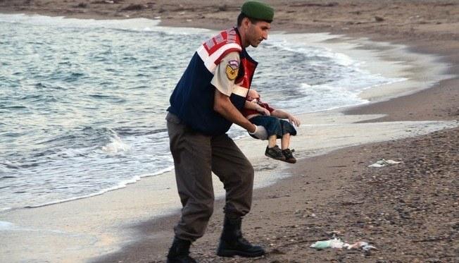 crianca-siria-morta-praia