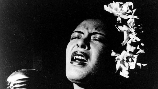 billie-holiday-cantando