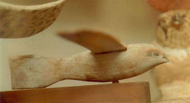 Objetos mais Misteriosos da Humanidade: Pássaro de Saqqara