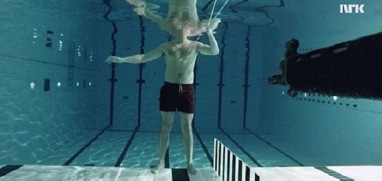 O que acontece quando você recebe um tiro de fuzil debaixo d'agua?