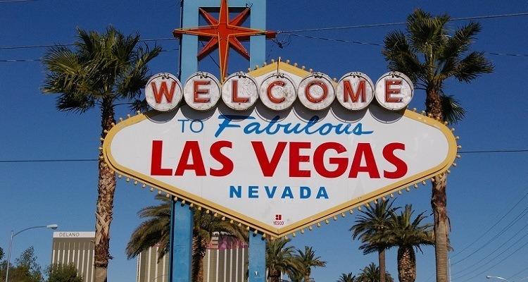 5 destinos que todo viciado em cinema deveria conhecer: Placa de entrada Las Vegas