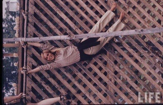 mulheres-woodstock-1969-18
